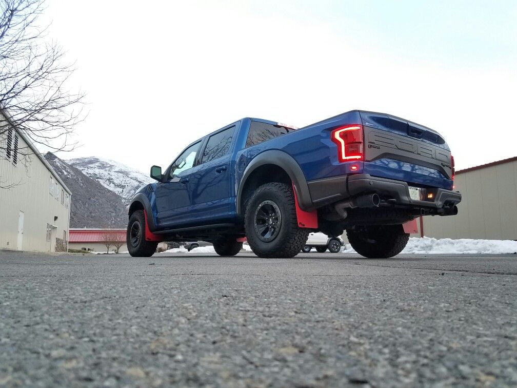 2017 Ford Raptor With Rokblokz Mud Flaps
