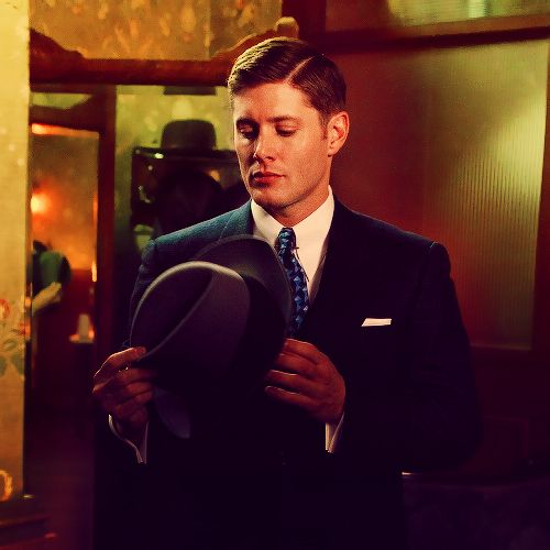 Seeing this kind of makes me wish all of Supernatural took place in the '40's