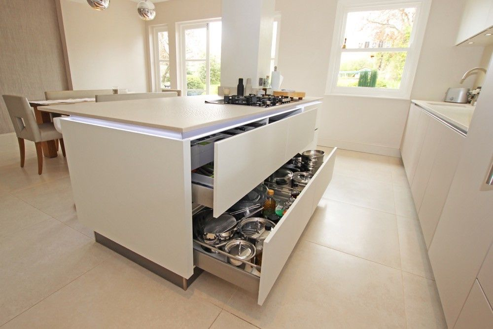 Large Handleless Kitchen Island Drawers
