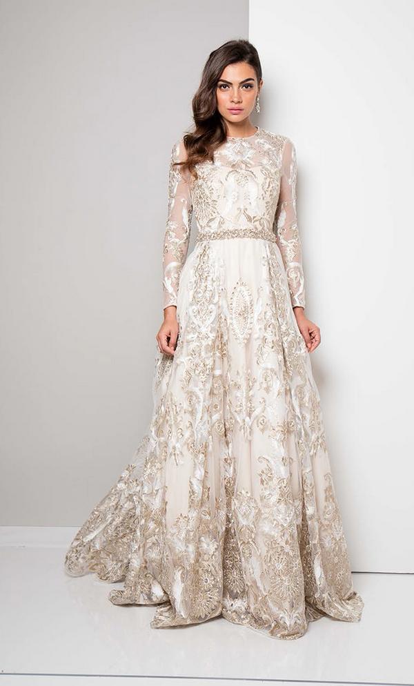 Модные тенденции платьев 2018-2019 года  красивые платья новинки, фото,  лучшие образы 3eed0bb36c3