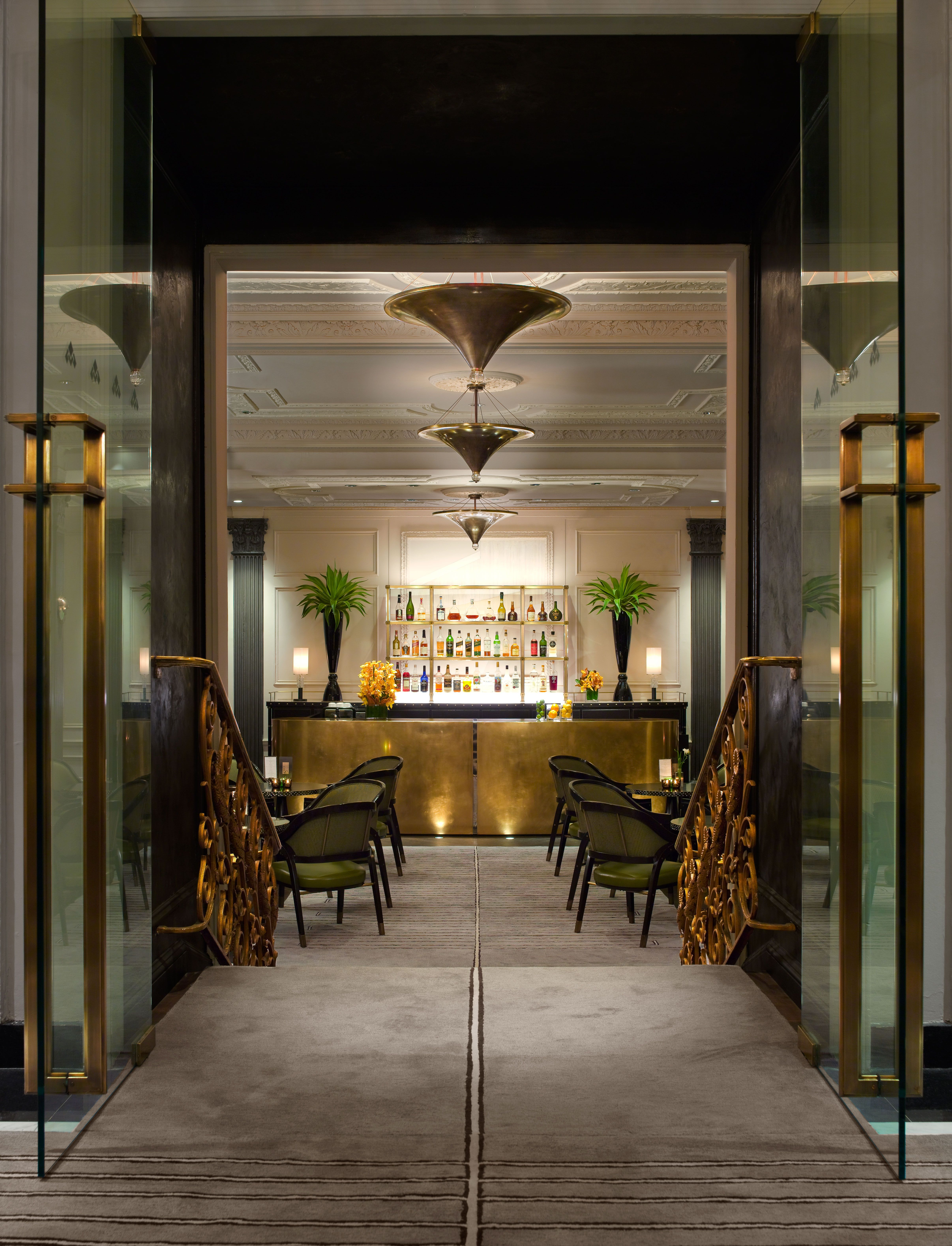 Bar En Pierre Champalimaud Interiors Two E Bar Lounge At The Pierre Hotel New