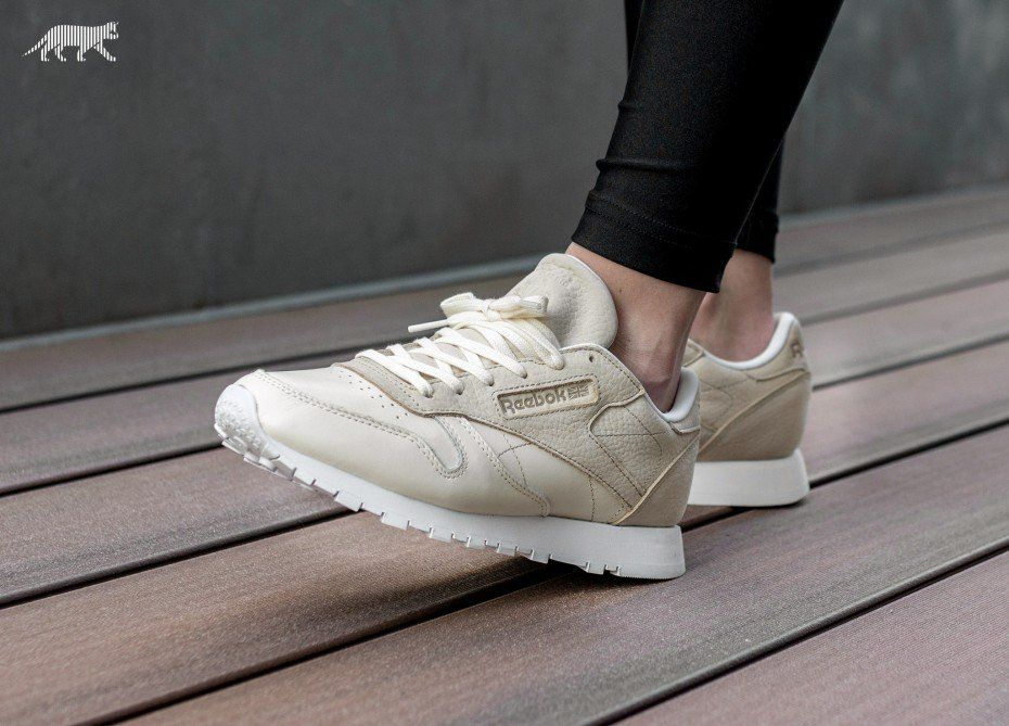 4fc0c863a08 Reebok Classic Leather  Sea You Later  (White   Black)