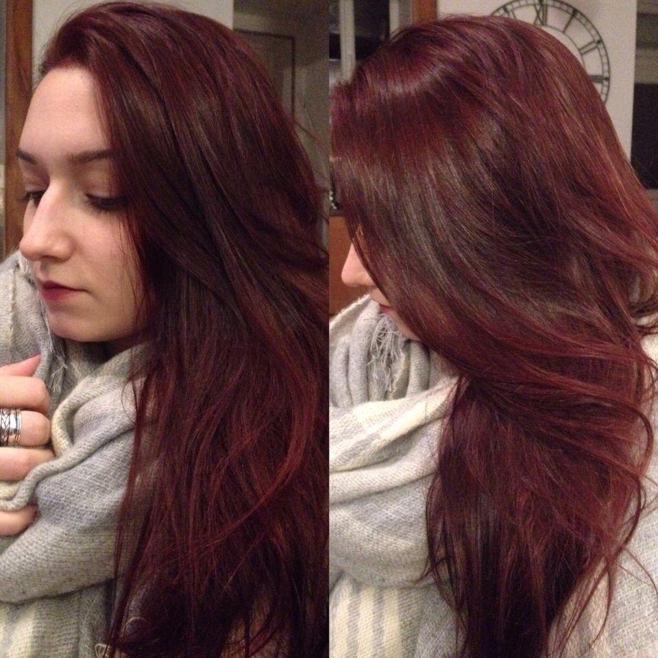 couleur d 39 hiver sur cheveux longs reflets rouges mode femme. Black Bedroom Furniture Sets. Home Design Ideas