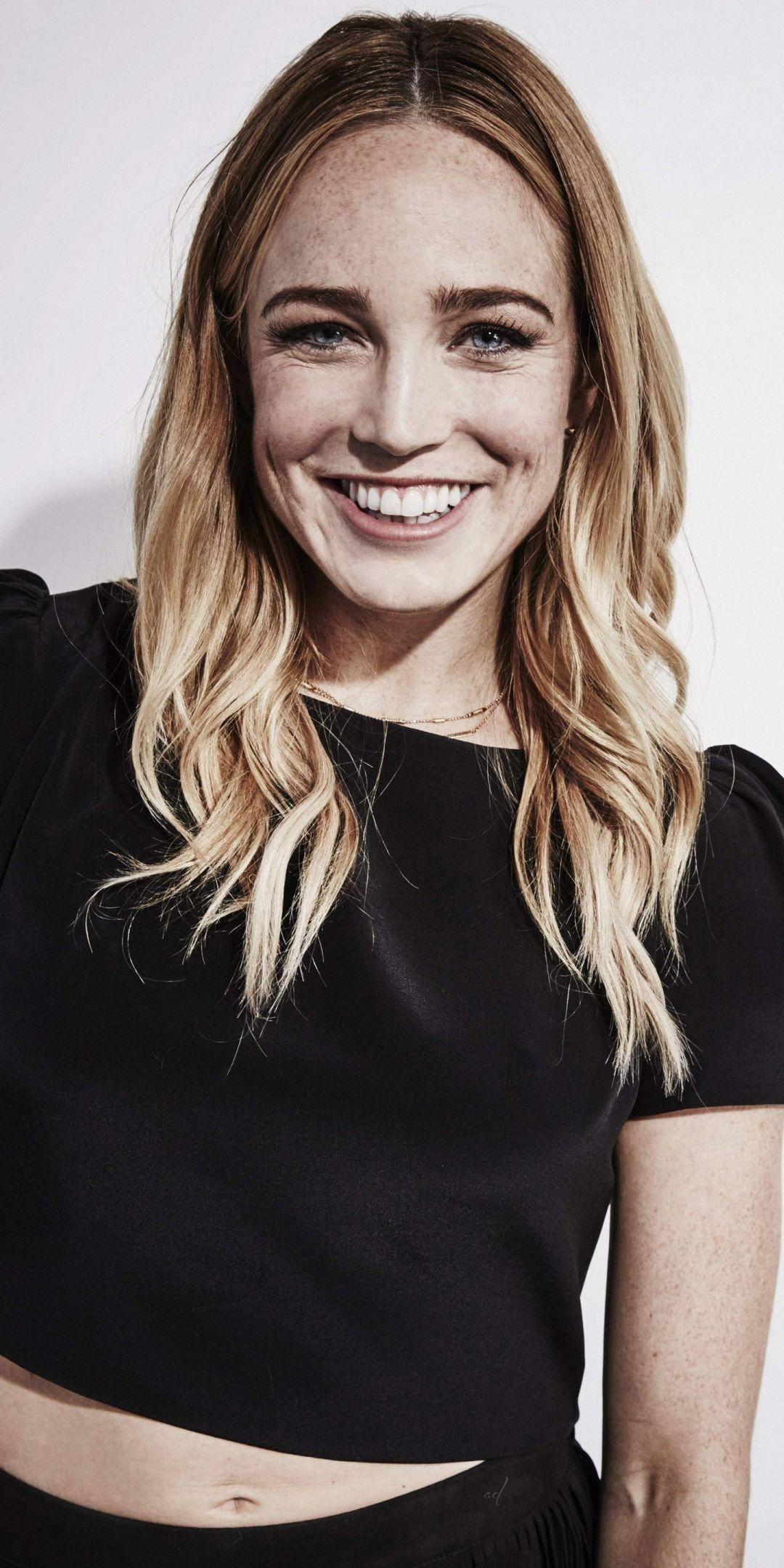 Smile Celebrity Blonde Black Cloths Caity Lotz 1080x2160
