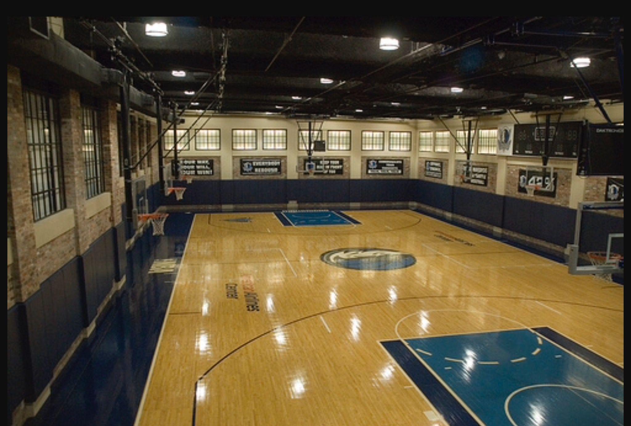Pin By Burak Gökgöz On Basket Sahası Mansion Interior Indoor Basketball Court Sport Hall