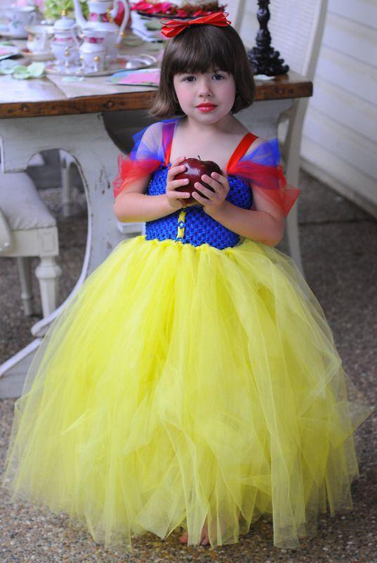 Robe blanche neige fille pas cher de 1 an 10 ans robes - La princesse blanche neige ...
