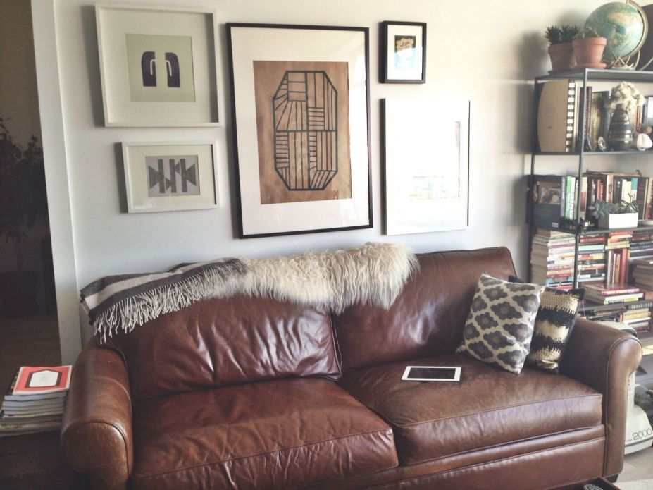Tremendous 30 Decorating Ideas For Blank Wall Behind Couch Salon Machost Co Dining Chair Design Ideas Machostcouk