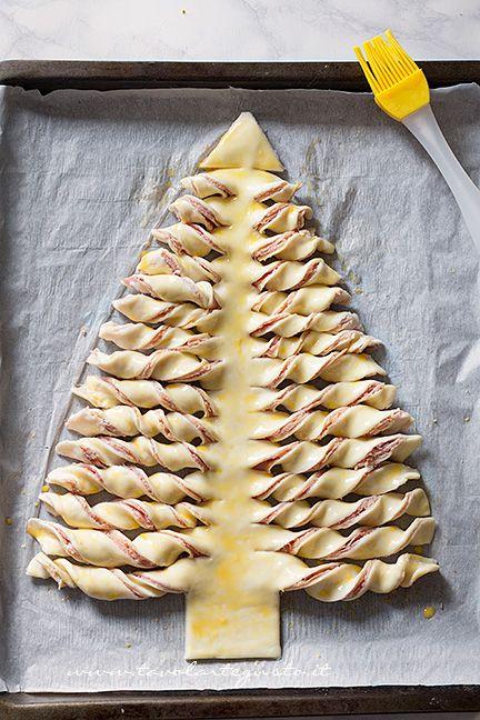 Albero Di Natale Di Pasta Sfoglia.Albero Di Natale Di Pasta Sfoglia La Ricetta Passo Passo Facile E Veloce Ricetta Ricette Cibo Idee Alimentari