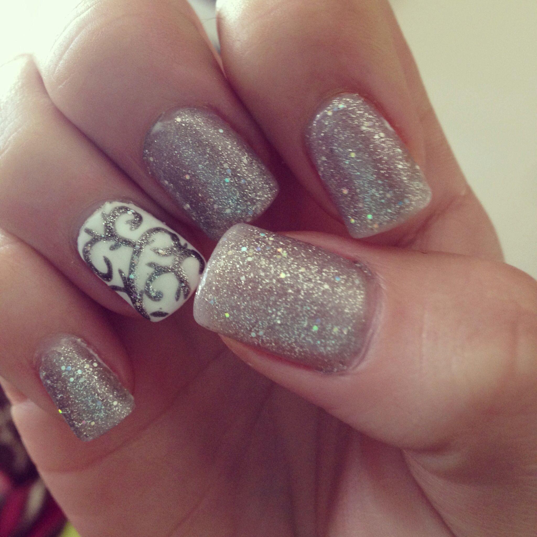 Glitter nails see more nail designs at ilsss