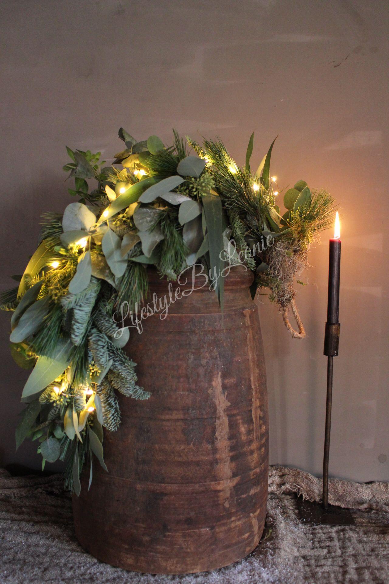 Toef en led lampjes  #kerstbloemstukken