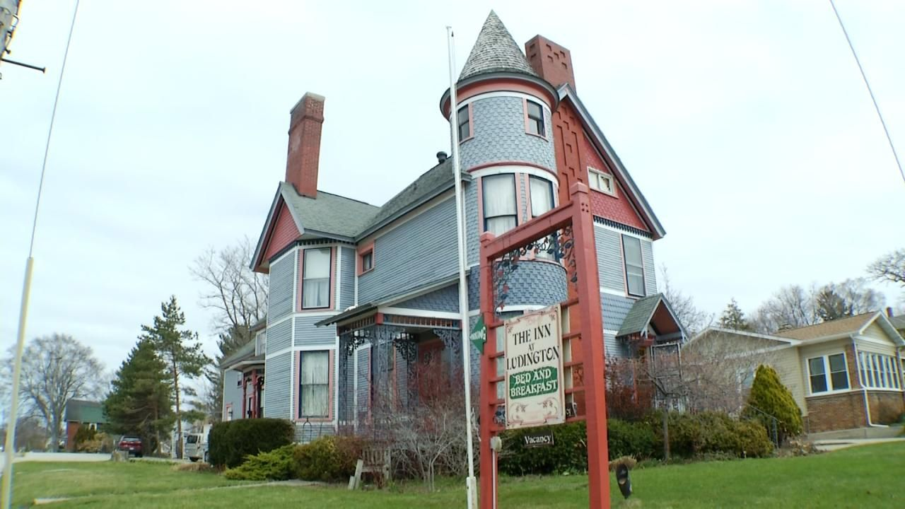 Amazing Northern Michigan Homes Ludington Bed and