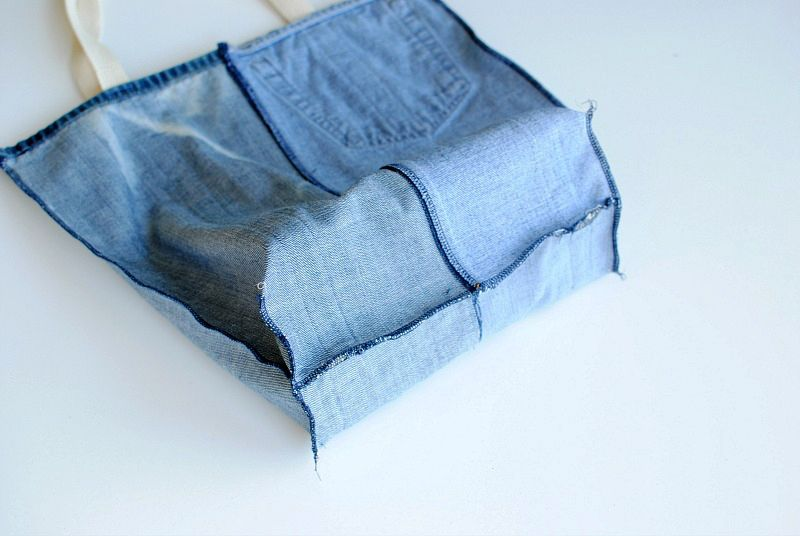 Earth Day DIY: Tote Bag from Upcycled Jeans | Stitching Sewcial