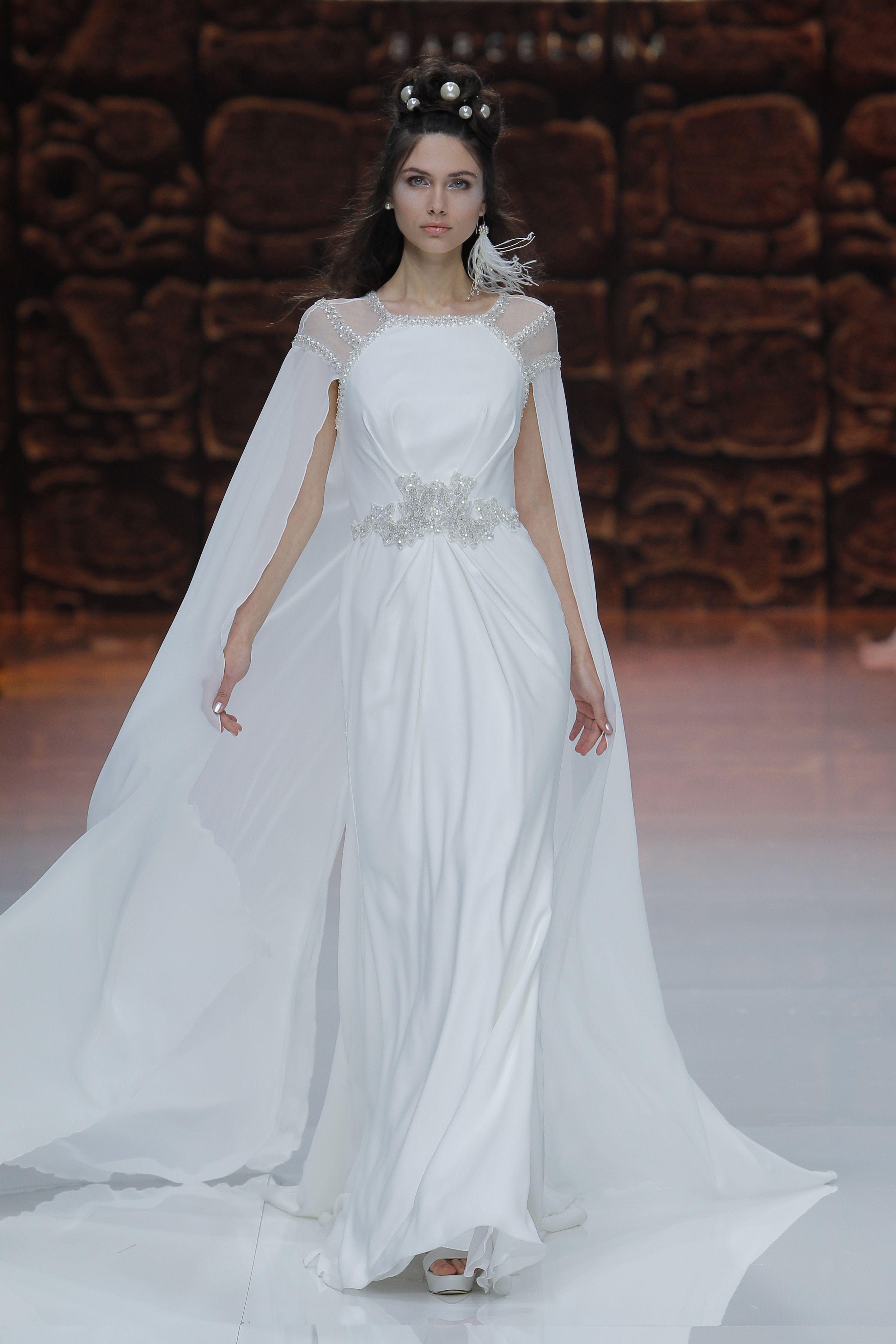 Vestidos de Novia y Alta Costura | Pinterest | Dios del amor ...