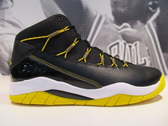 Jordan Prime Flight - Black - Yellow - SneakerNews.com
