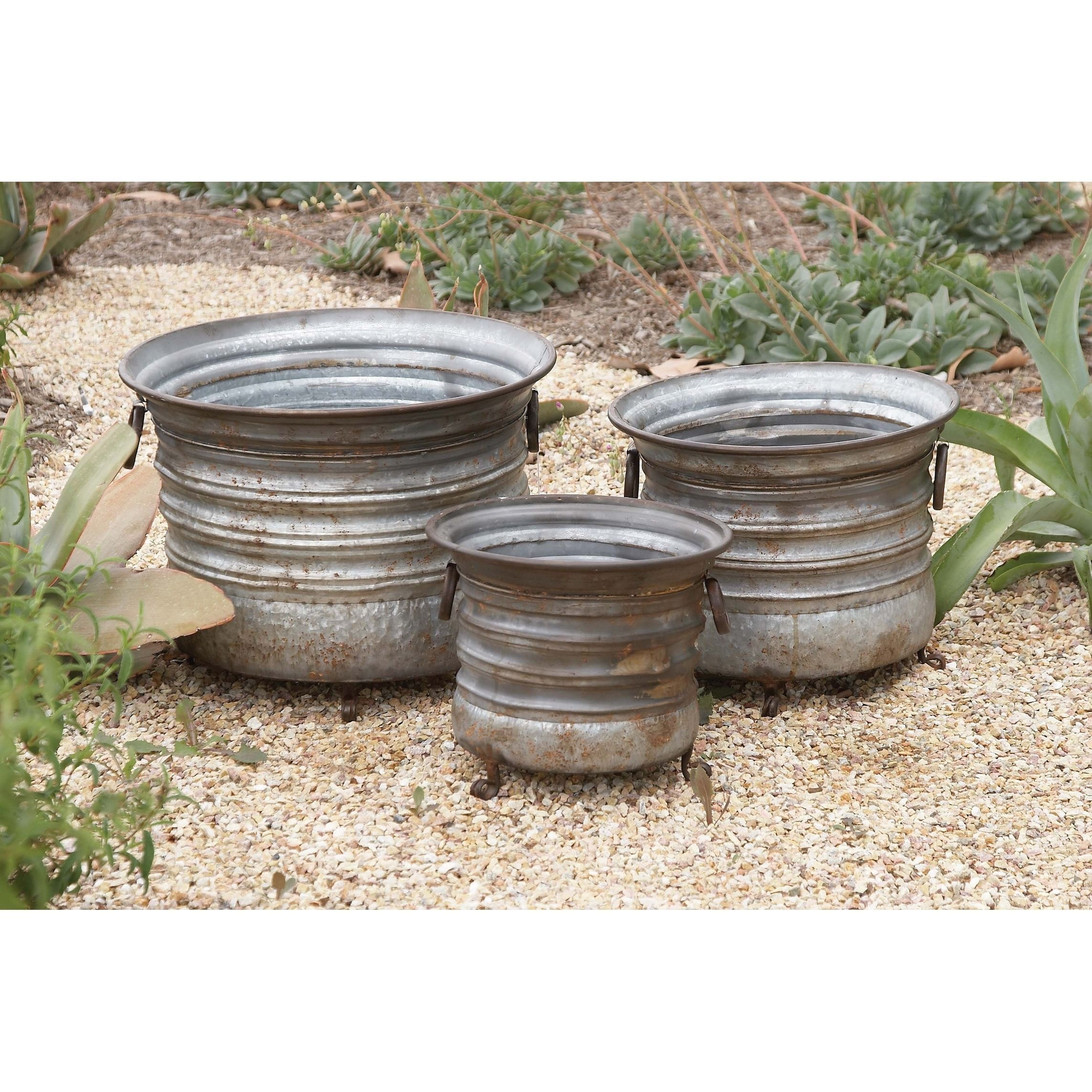 Set of 3 Rustic 11, 13, and 15 Inch Round Metal Pl