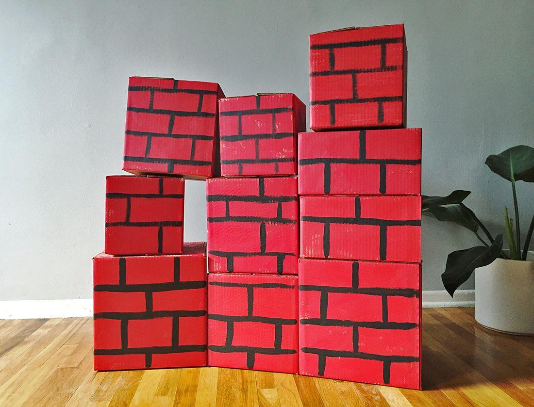 superhero brick wall spiel. Black Bedroom Furniture Sets. Home Design Ideas