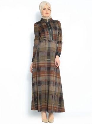 Tesettur Elbise Modelleri Ve Fiyatlari Giyim Modanisa Musluman Modasi Basortusu Modasi Elbise Modelleri