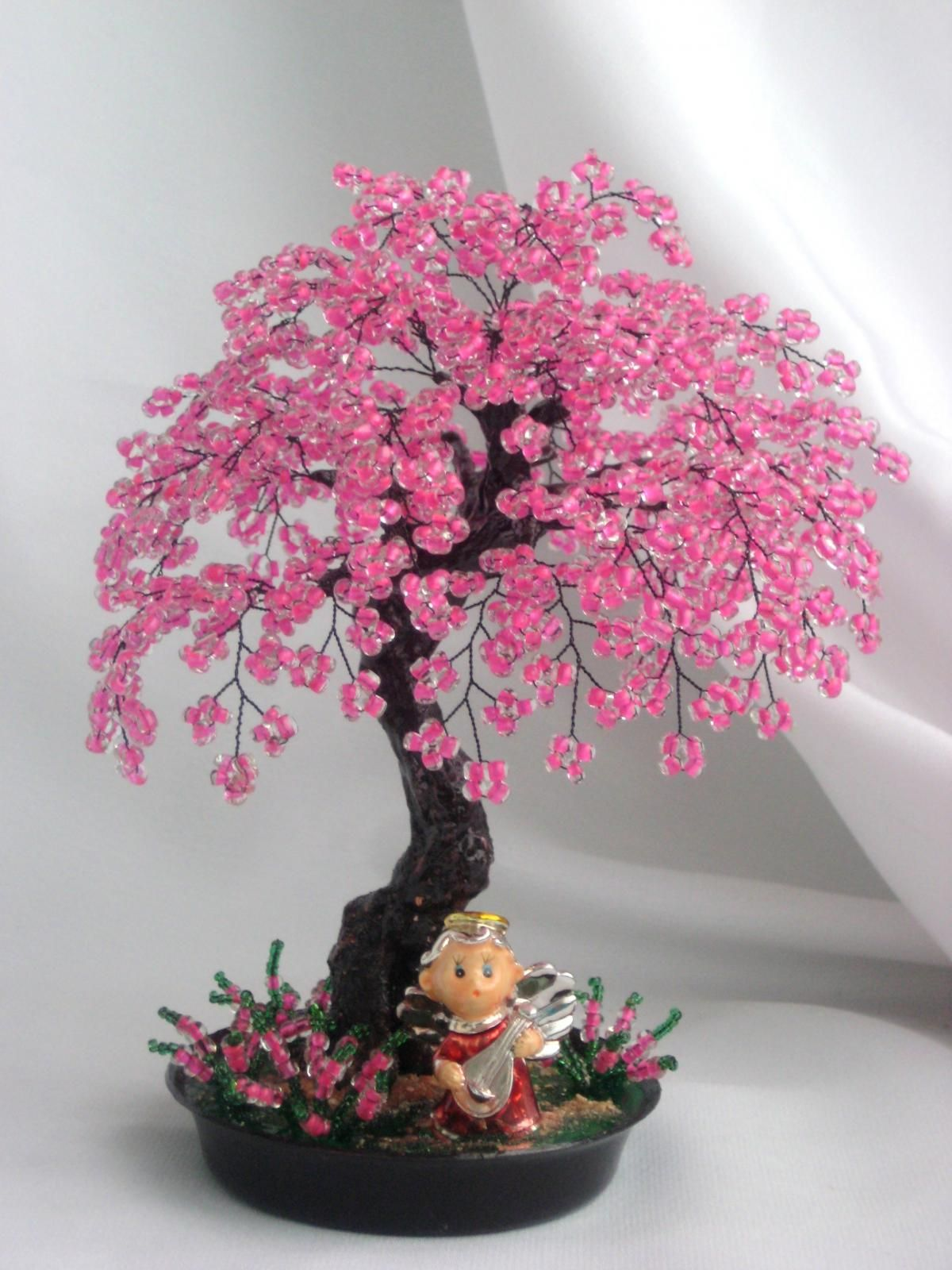 Sakura from beads blossoming tree with own hands (photo)