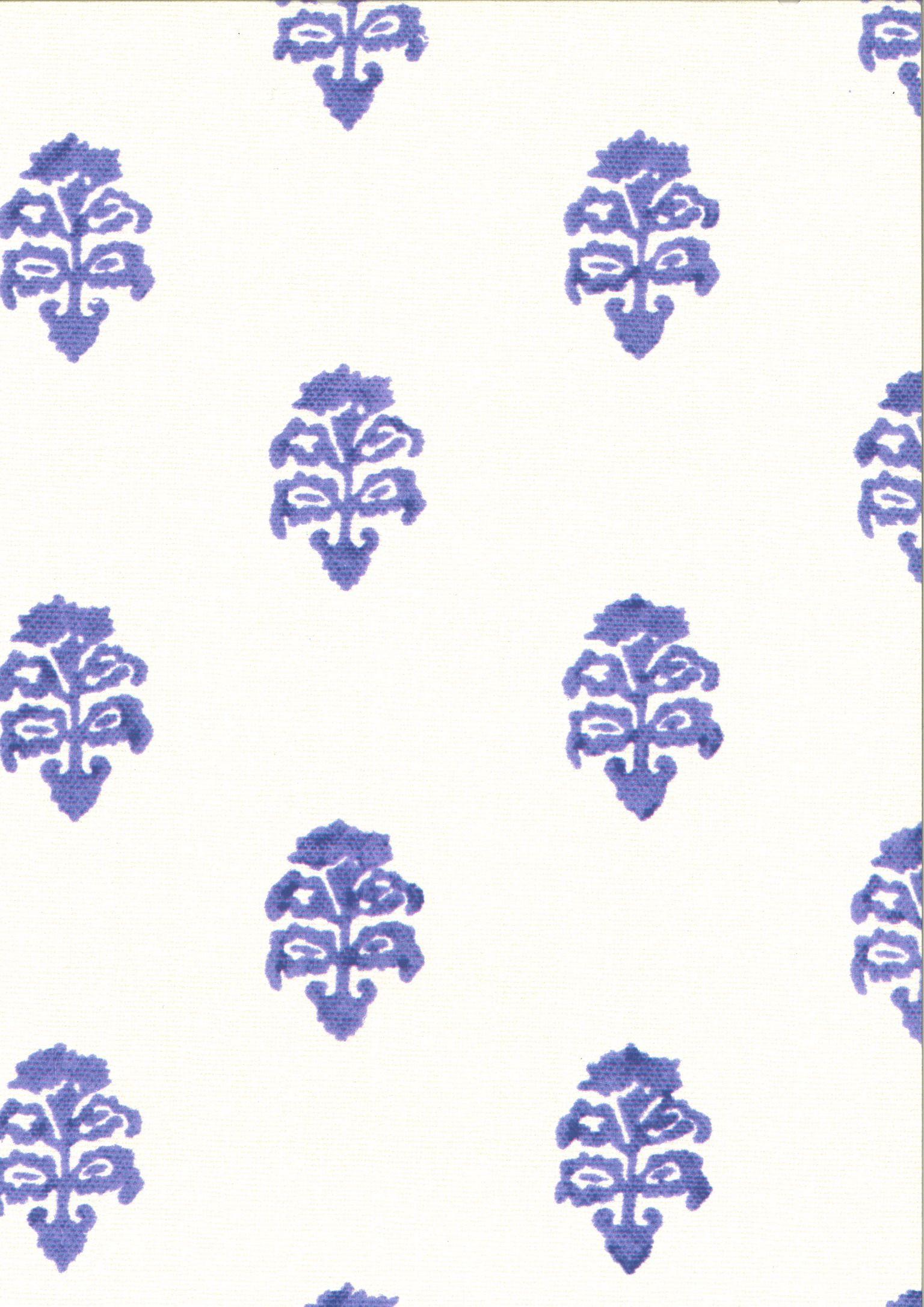Artichoke in Amethyst ivory #purple #wallpaper #interiordesign #designinspiration #thetextilefiles #clothandkindinteriordesign #c&cmilano