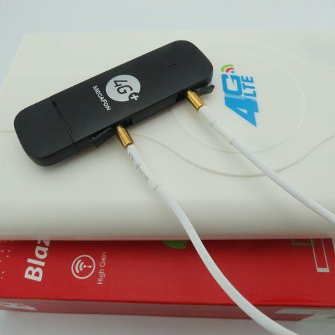 Unlocked Huawei E3372 M150-2 4G LTE USB Modem+4G crc9 49DBI Dual