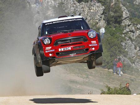Mini Launch Off Jump Mini Racing Rally Car Road Cooper