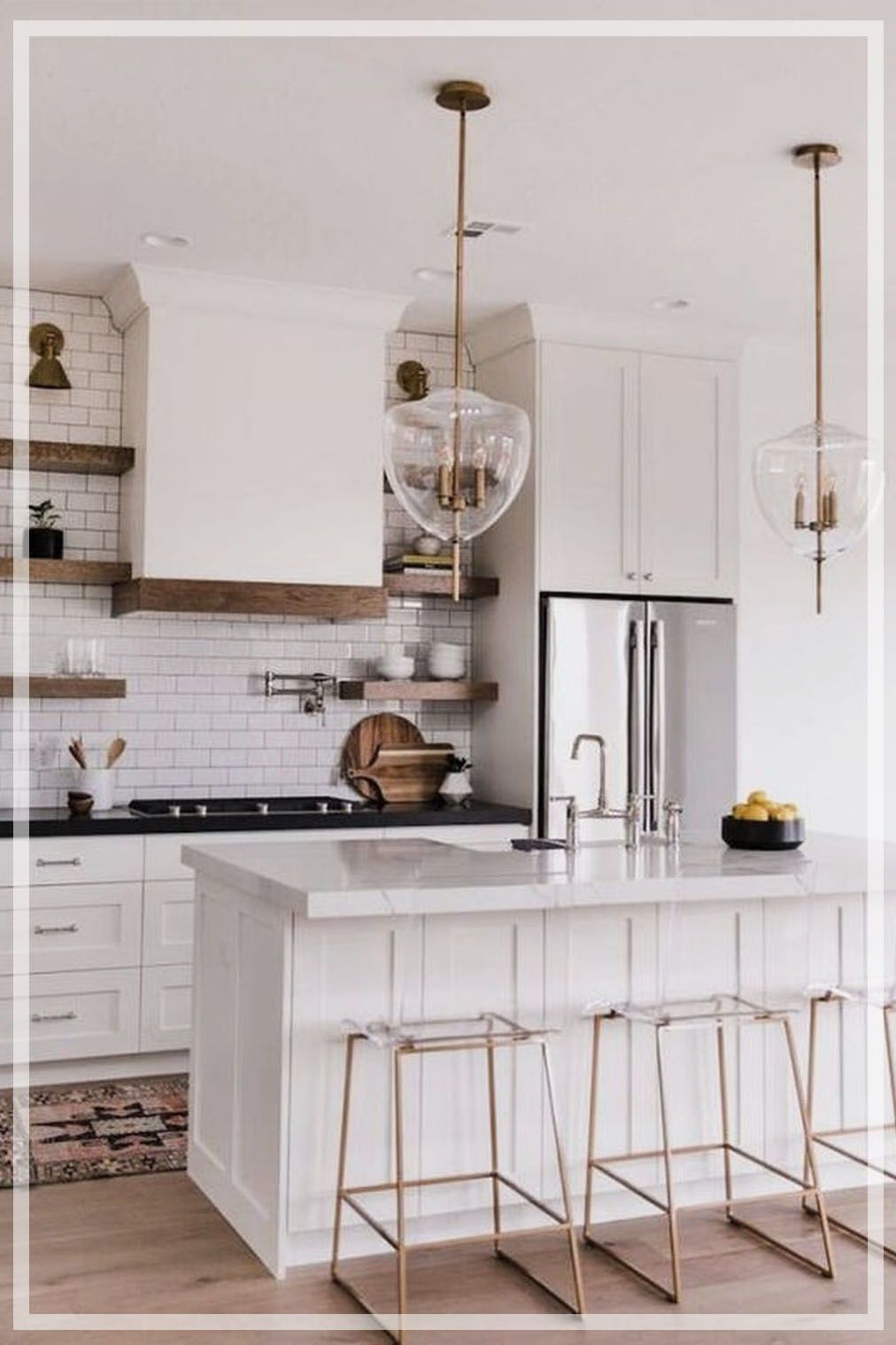 20 + Affordable Farmhouse Style Kitchen Ideas, Designs & How to ...