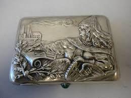 silver cigarette case ile ilgili görsel sonucu