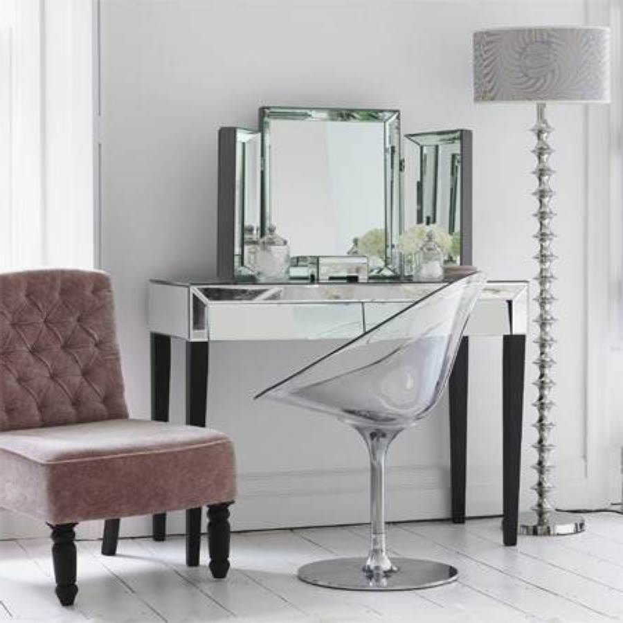 Clear Acrylic Makeup Vanity Chair With Chrome Base Modern Bedroom Vanity With Three Units Of Vanit Mirrored Bedroom Furniture Mirrored Furniture Bedroom Vanity