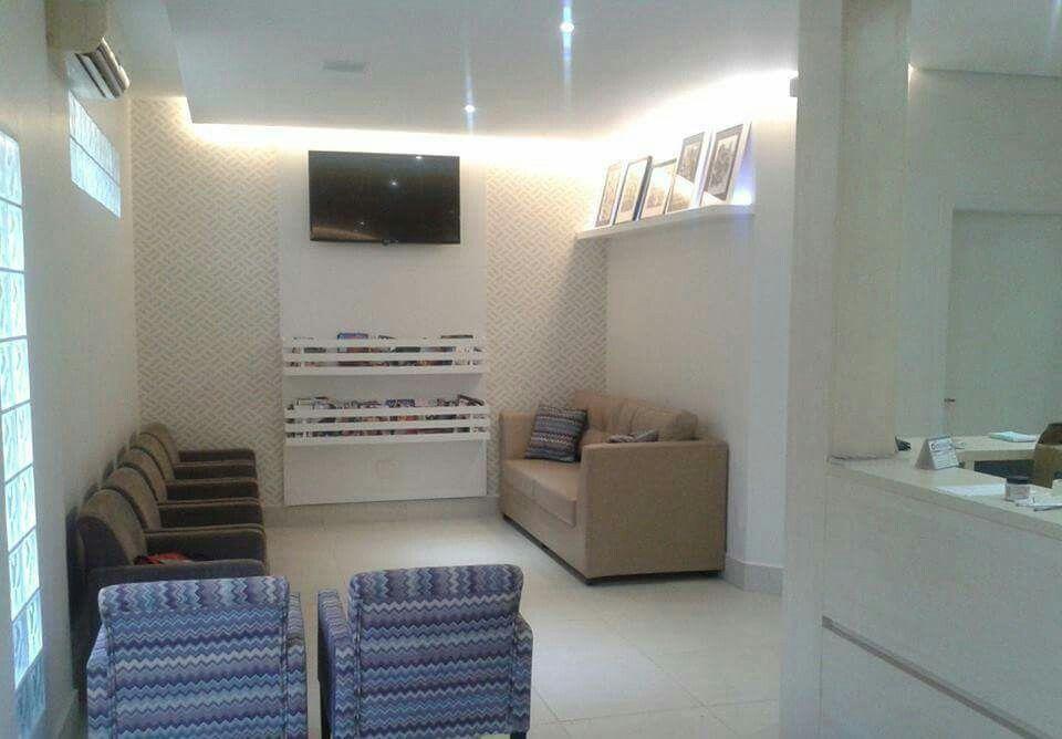Recepção consultório médico, projeto Studio Designare. Araçatuba/SP