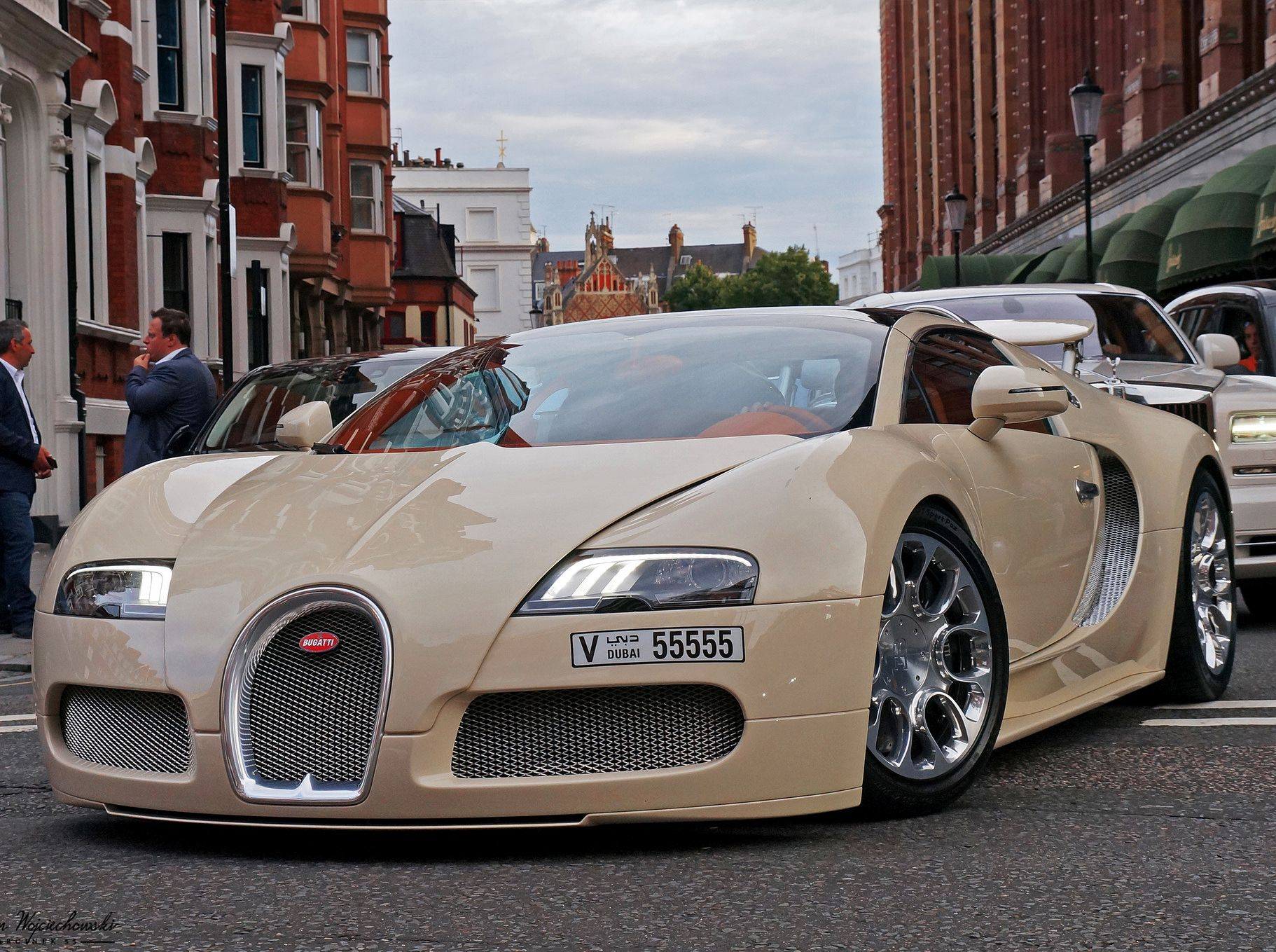 07c24911a0f0e9c4dca631af3d971119 Surprising Bugatti Veyron Price In Bahrain Cars Trend