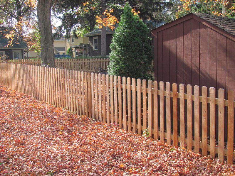 4 Cedar Dog Ear Picket Fence For Sides Facing In Dog Ear