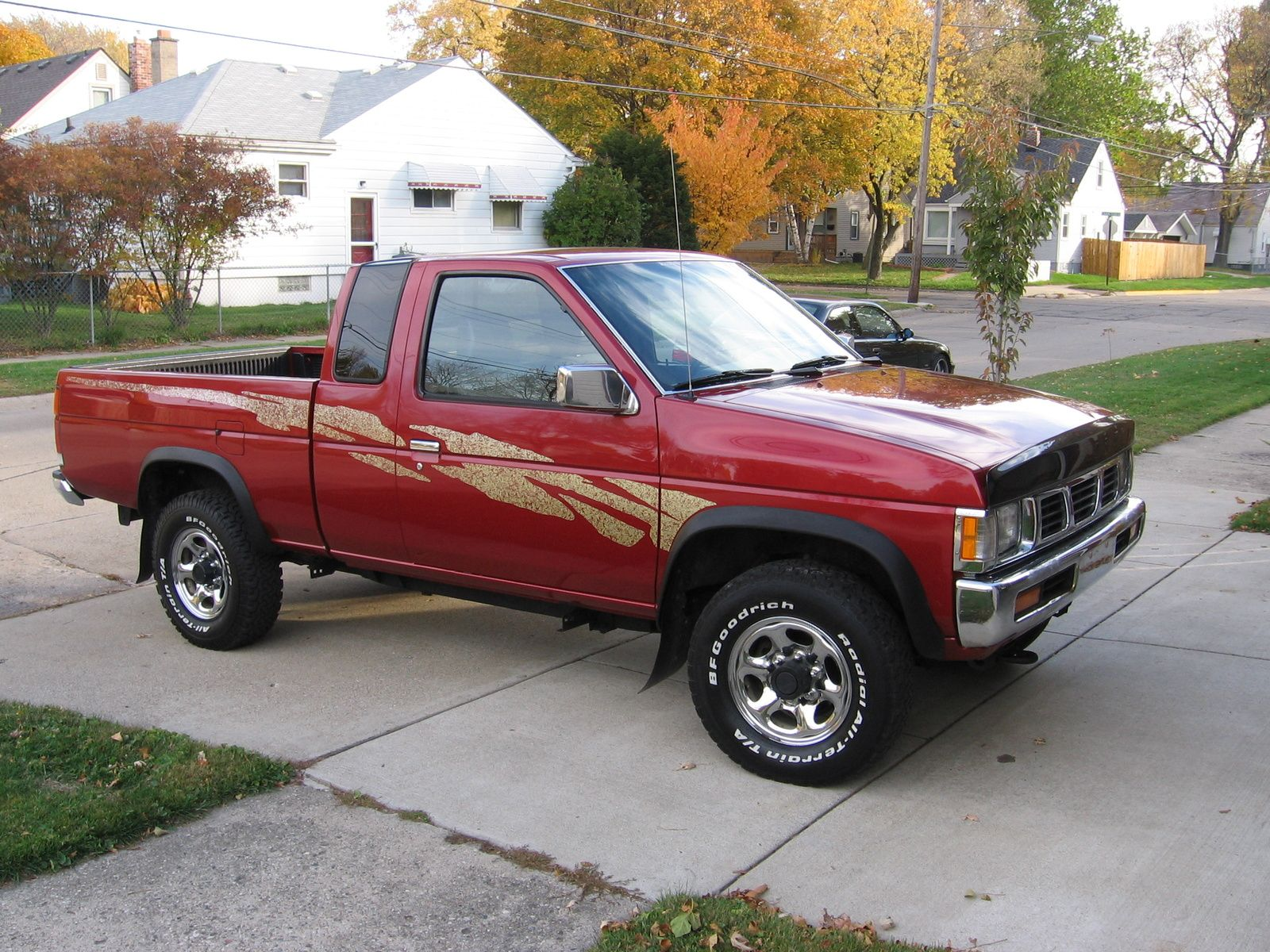 1996 Nissan Pickup 2 Dr Xe 4wd Standard Cab Sb