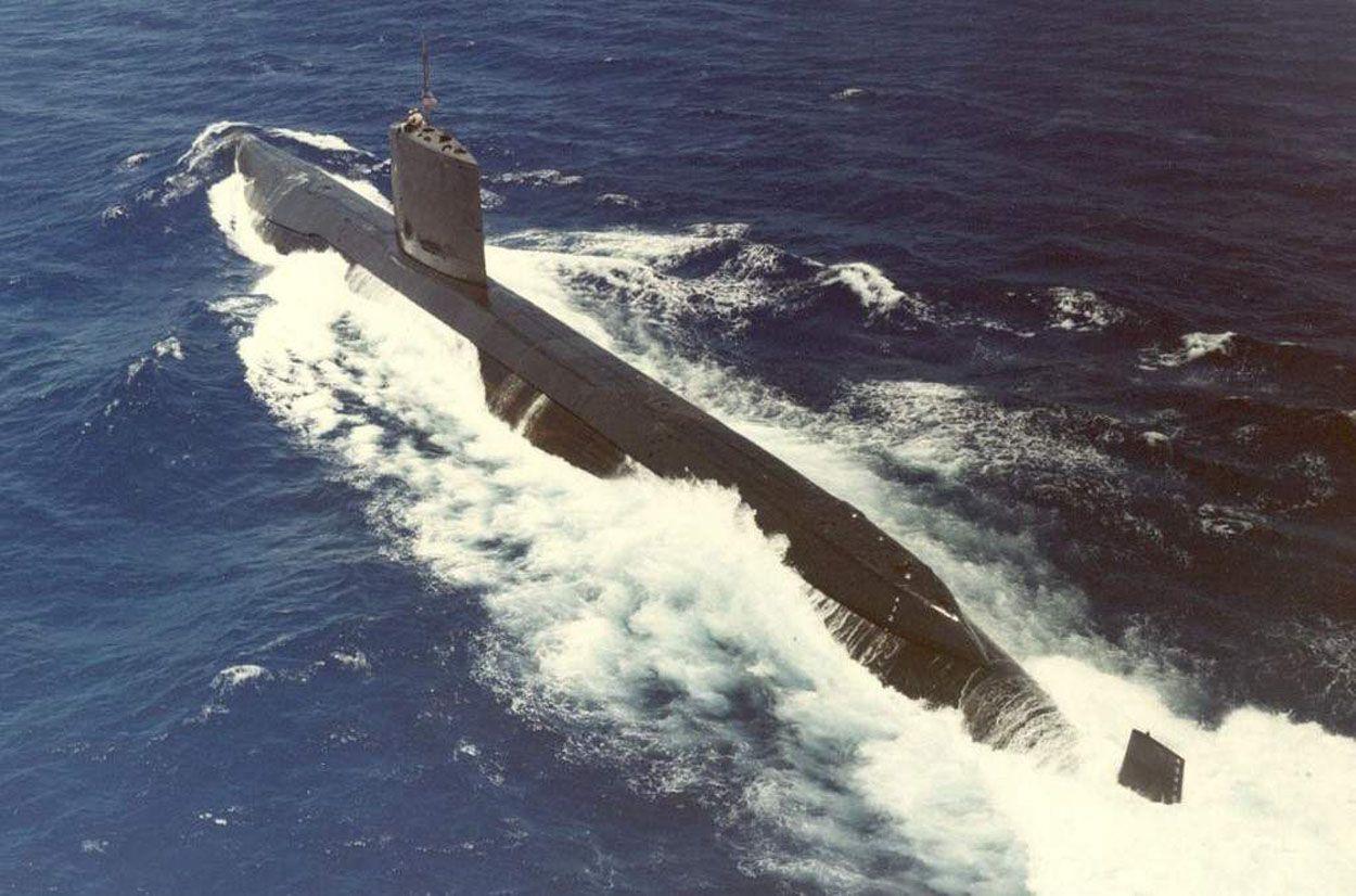 uss swordfish (ssn-579), a skate-class submarine. she