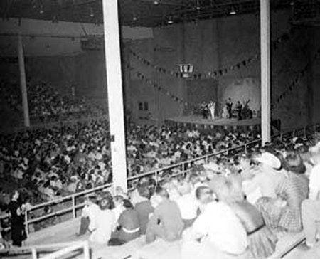 Cotton Club Lubbock Tx Pictures 1955 Webb Pierce Performs For The Fair Crowd In The Coliseum Cotton Club