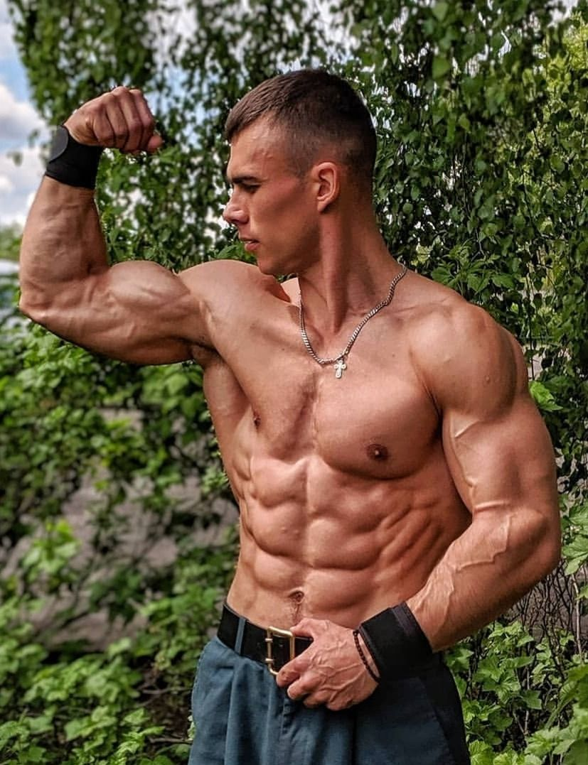 TeenMuscular Ripped muscle, Muscle men, Guys