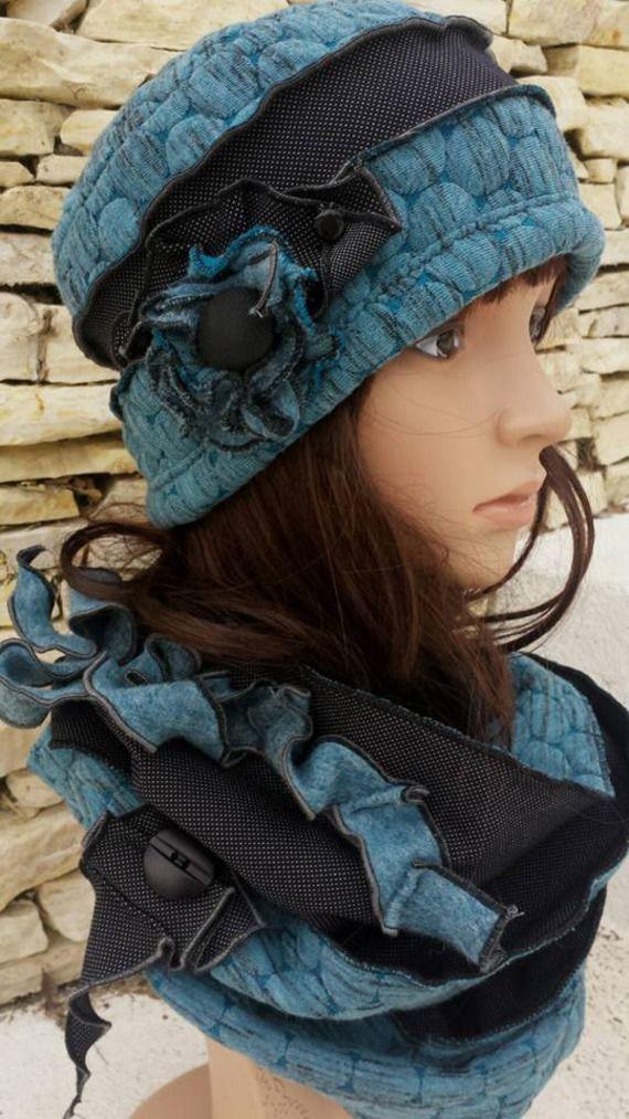 0fb4bbe7ff Bonnet et snood de créateur noir et bleu | chapeau femme | Chapeau ...