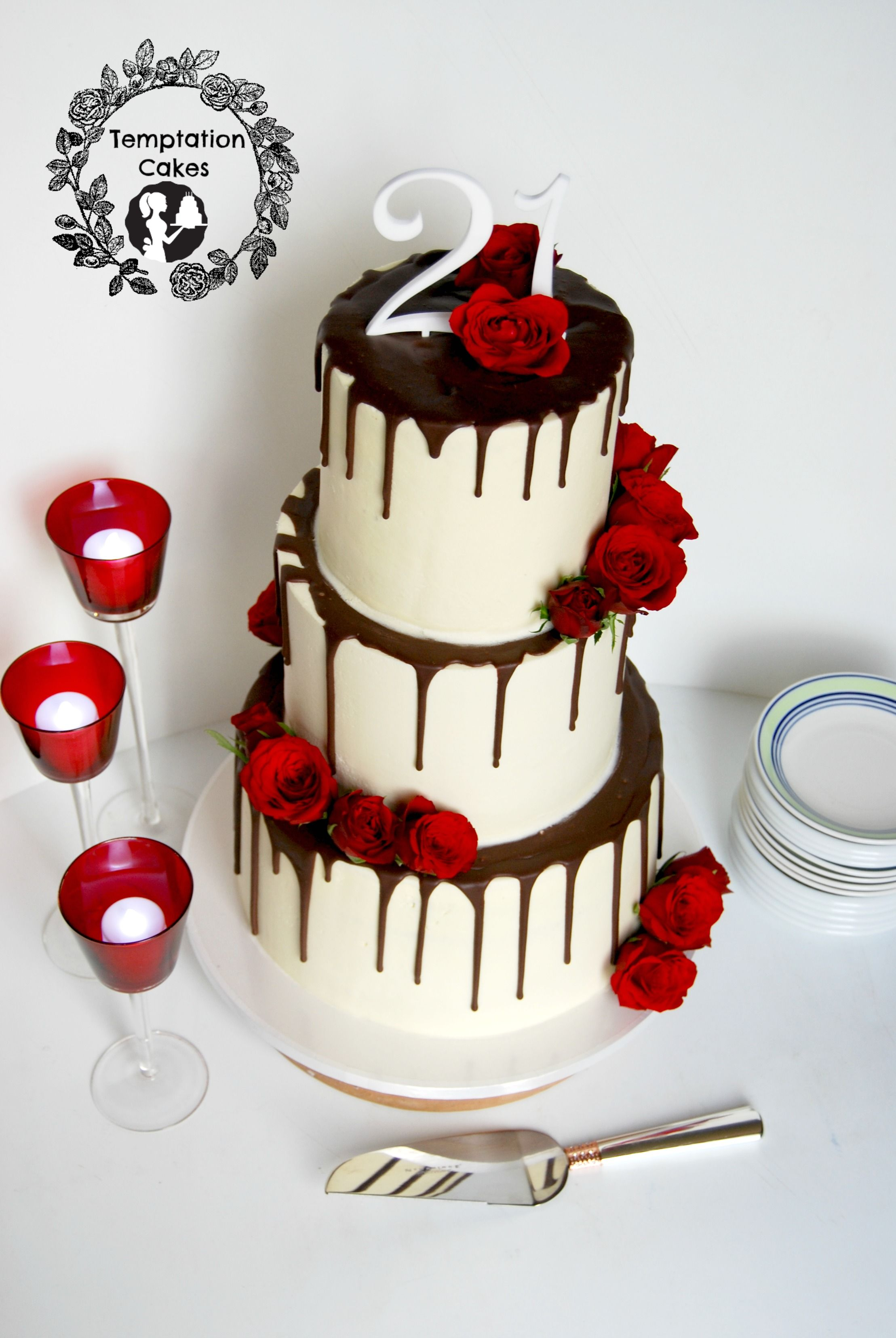 3 tier Drip Cake Auckland with fresh roses 650 21st Cake