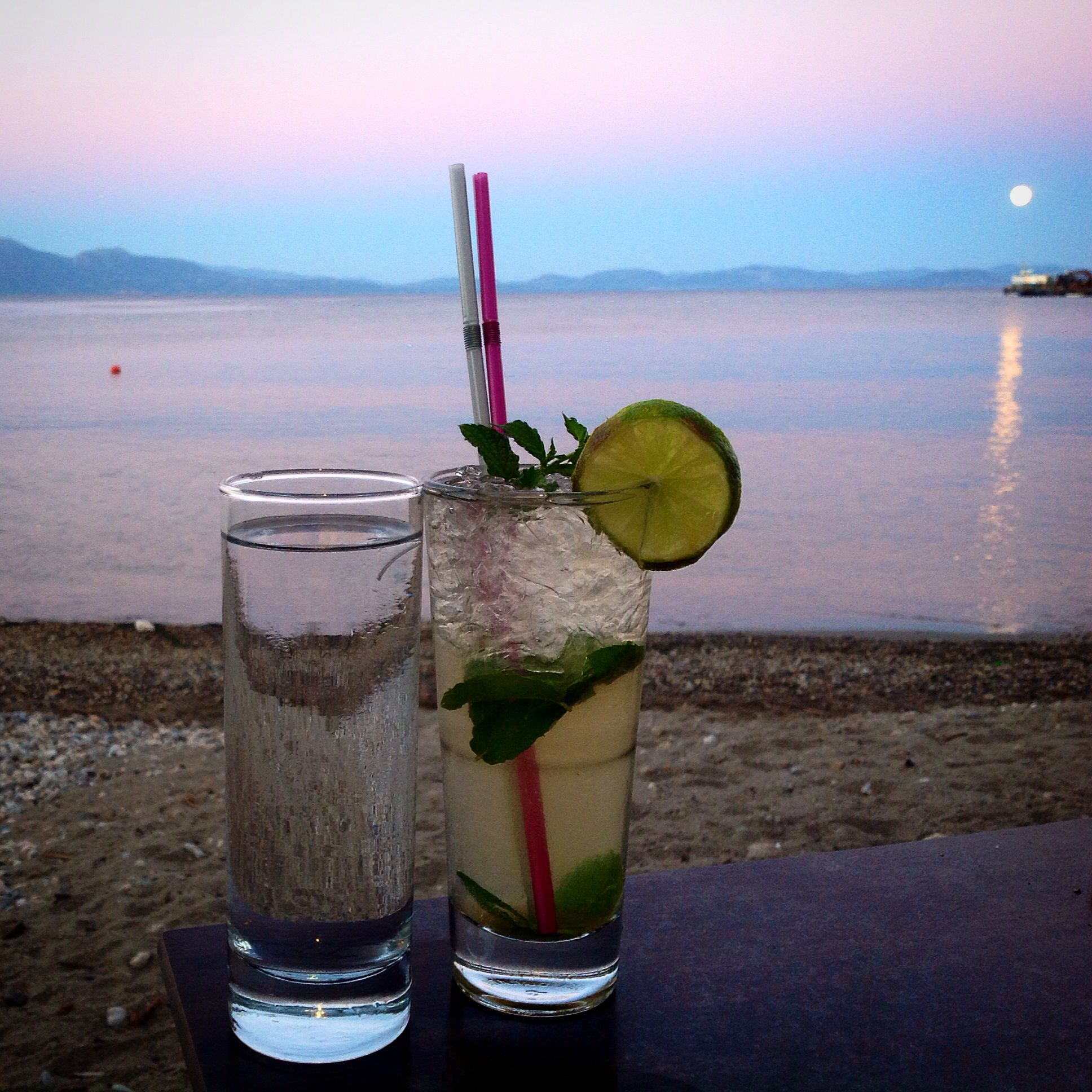 Drinks by the sunset. Nice! :)