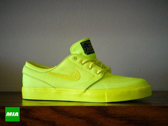 c5f17b5ac6 Nike SB Zoom Stefan Janoski x Three Squares Lemon Twist Hitting Retailers
