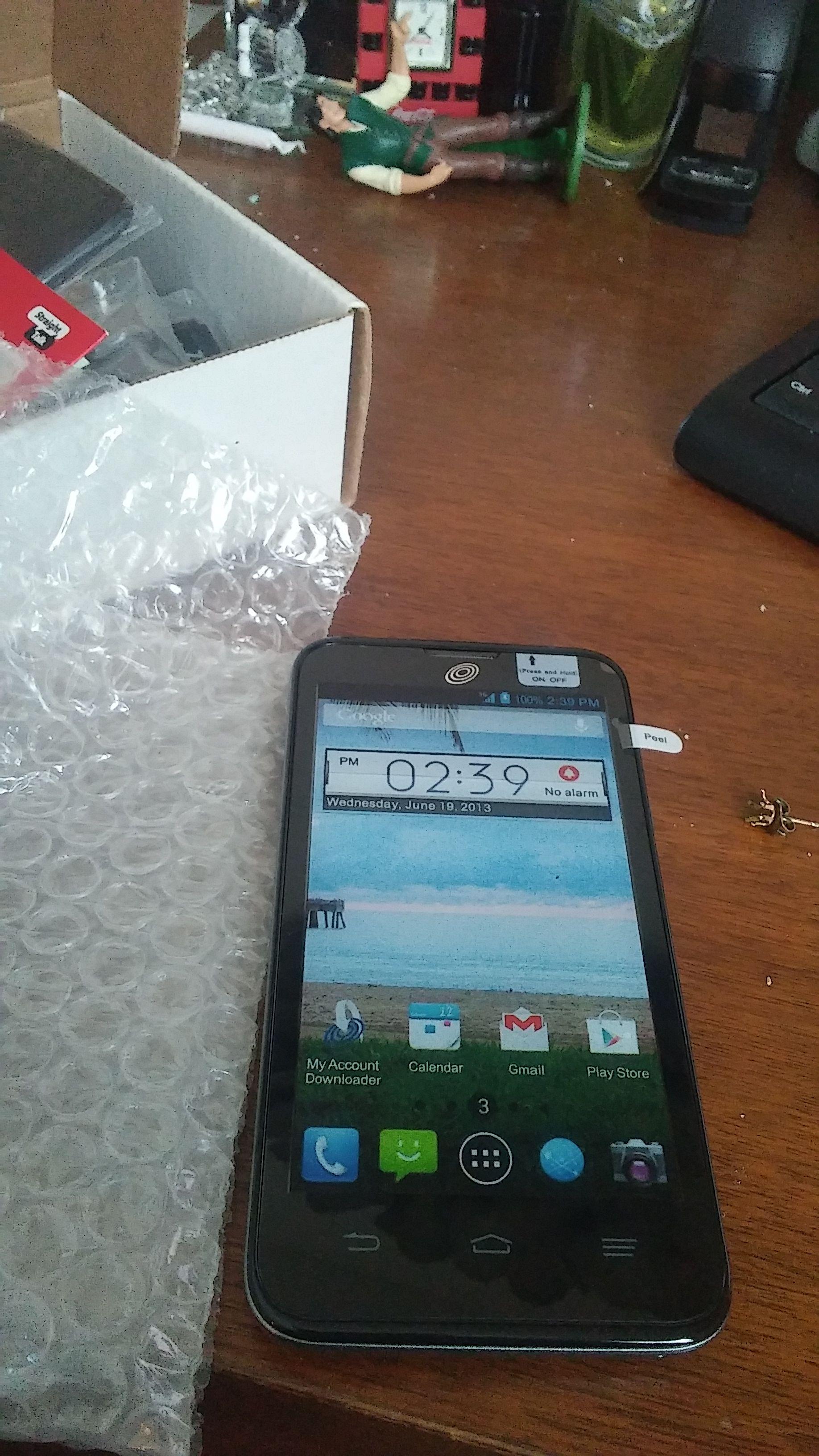 Zte Solar Straighttalk Prepaid Cell Phone 40 2 In Stock Prepaid Cell Phones Cell Phone Phone