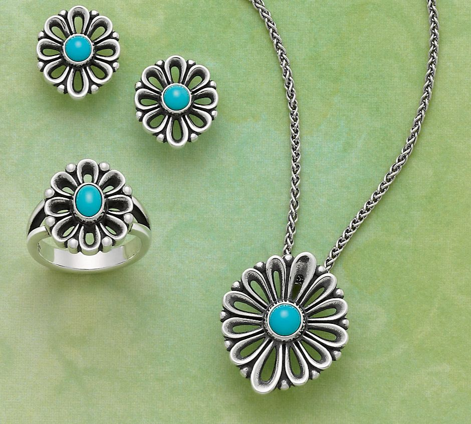 67278e0bc De Flores Collection by James Avery Jewelry... Love this!!! Need to go see  it in person!