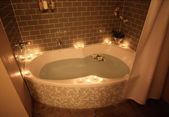 Now this is the way to take a bath after a long day ...