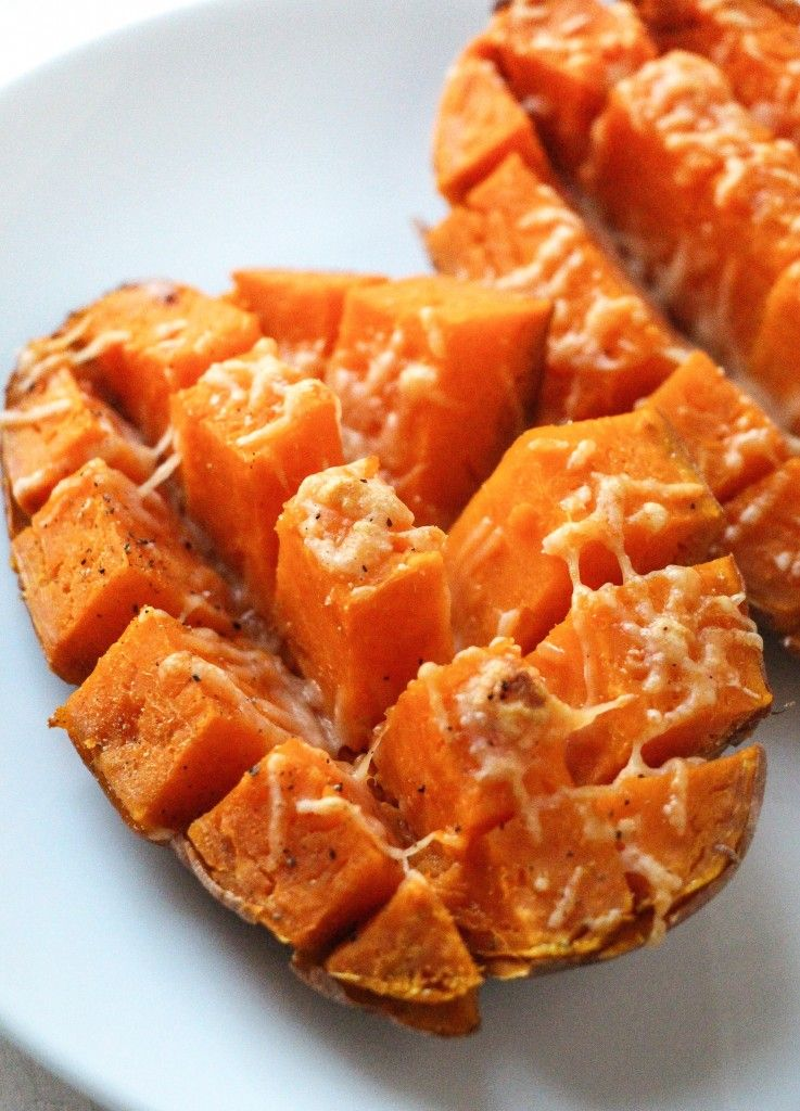 How to cook a sweet potato in the microwave oven