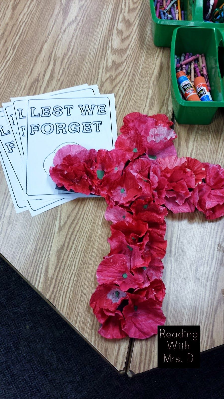 Reading with Mrs. D: Remembrance day 2014 Activities and Cross Tutorial #remembrancedaycraftsforkids