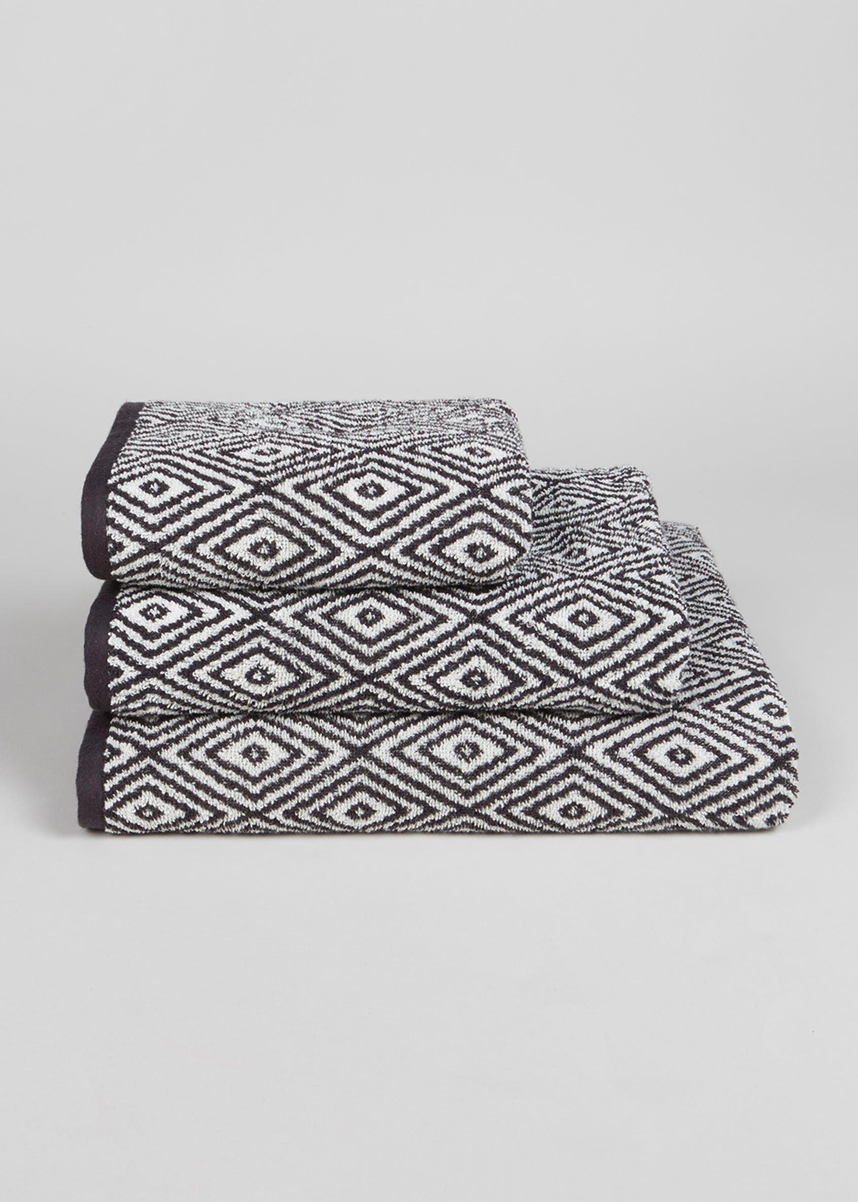 100 Cotton Geometric Pattern Towels Black Towel Pattern Black And White Towels Geometric Towel