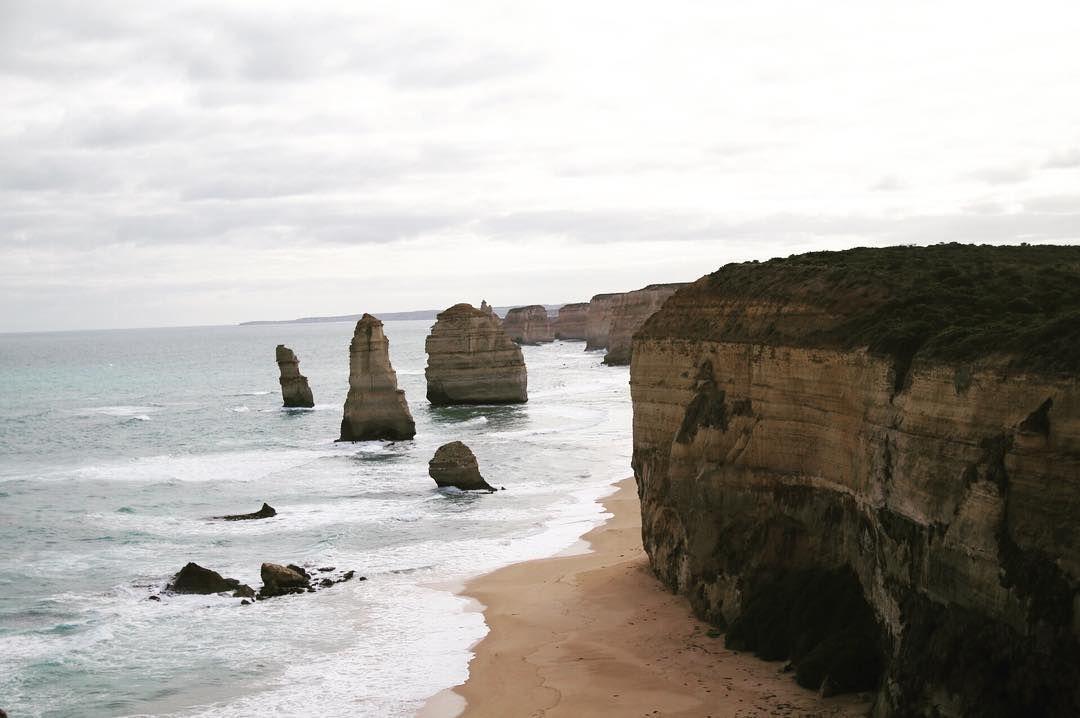 몇번을 다녀왔는지도 셀수없는 곳이지만 갈때마다 참 멋지다  12 Apostles Port Cambell - now even cannot count how many times Ive been there but still worth it to travel in the car more than 4 hours to get there!  #melbourne #australia #greatoceanroad #melbournetour #melbournedaytour #daytour #victoria #portcambell #12apostles #12사도 #멜번 #멜버른 #멜번여행 #그레이트오션로드 #멜번일일관광 by imhyojae http://ift.tt/1ijk11S
