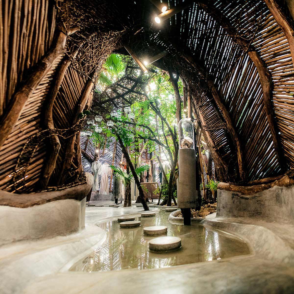 New futuristic boutique zak ik at azulik hotel tulum for Design hotel tulum