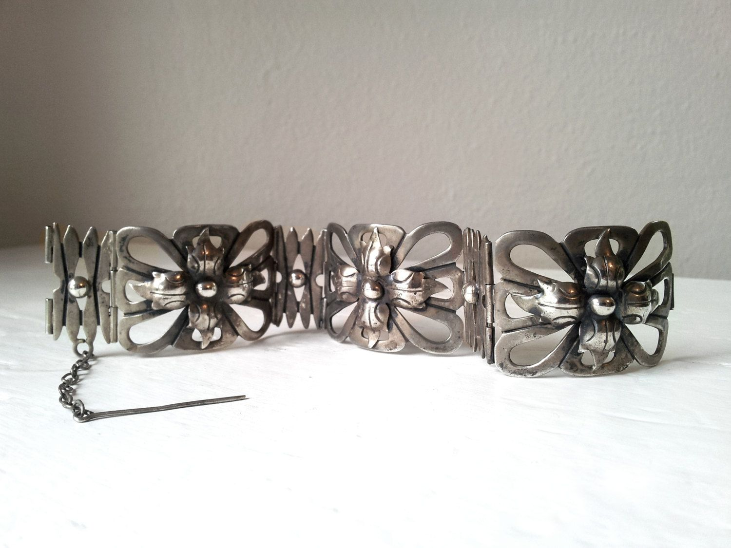 Early Taxco1930's 980 Silver Link Hinged Panel Bracelet with Geometric Floral Design - Estate Item by KAblackburn on Etsy