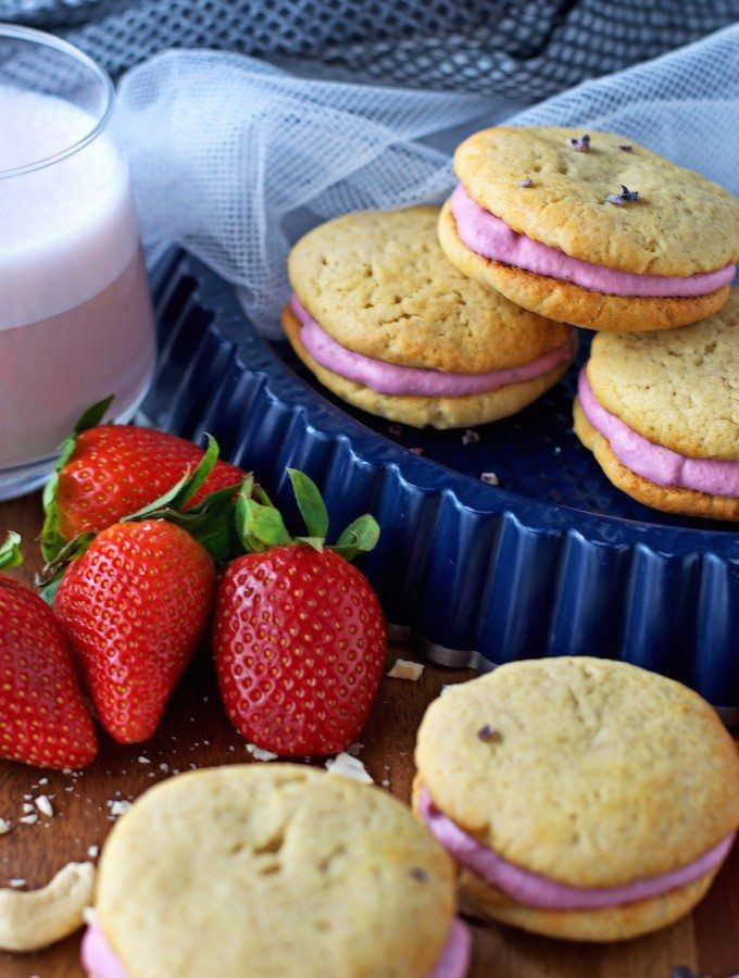 Vegan Strawberry Sandwich Cookies