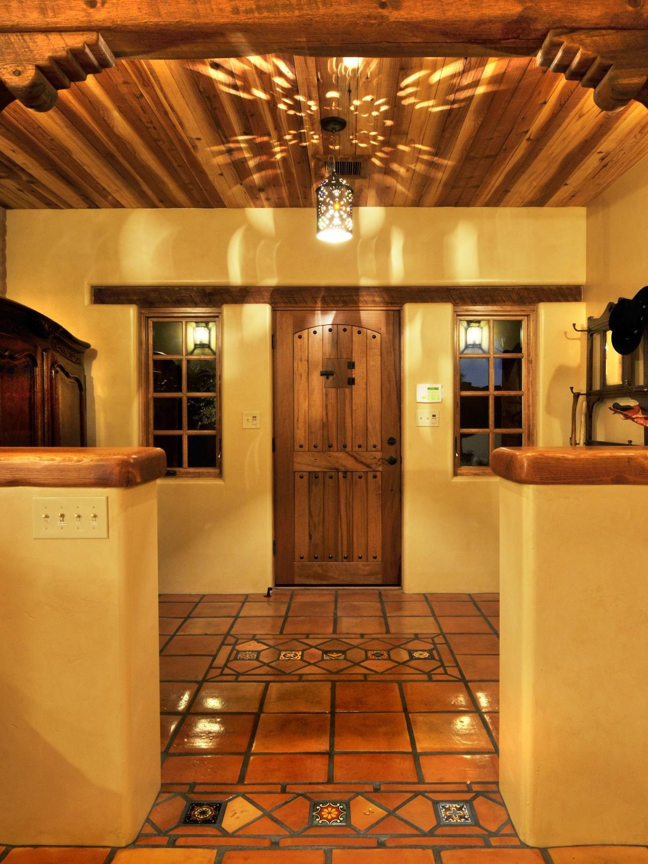 Interior Design Styles And Color Schemes For Home Decorating: Style, New Mexico Homes And Tile